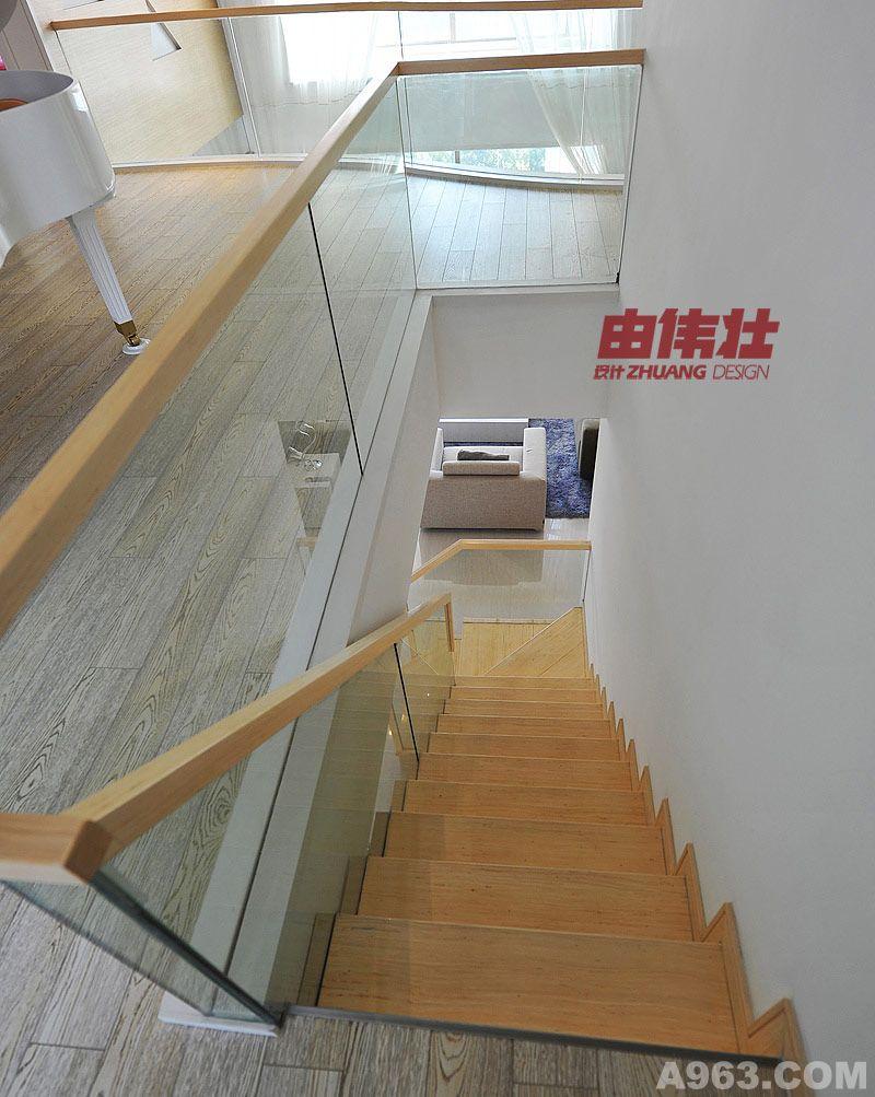 楼梯彩色简笔画