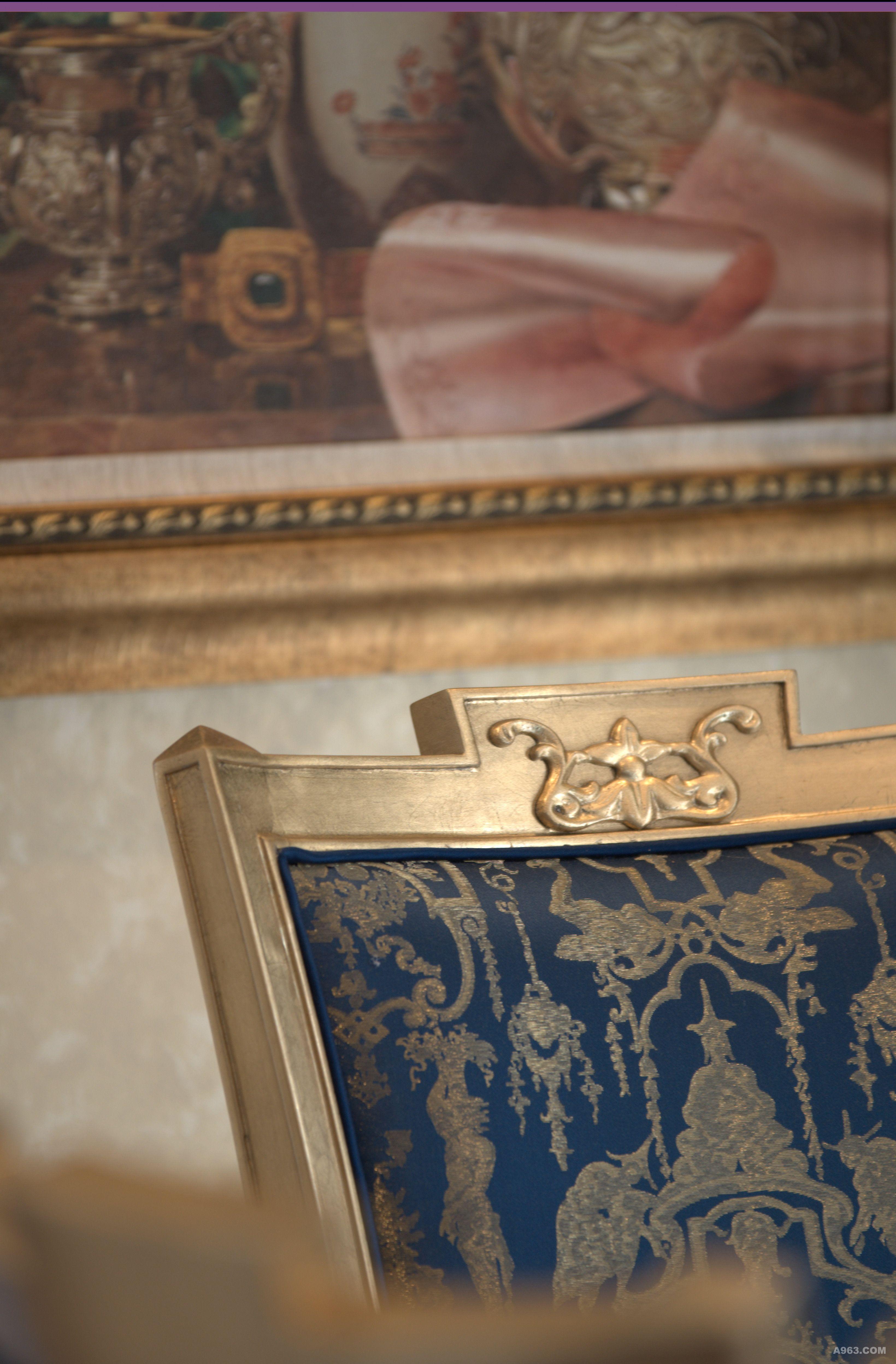 壁炉,餐边柜,酒柜等,客厅地面及主卧地面也运用到了法式常有拼花地板图片