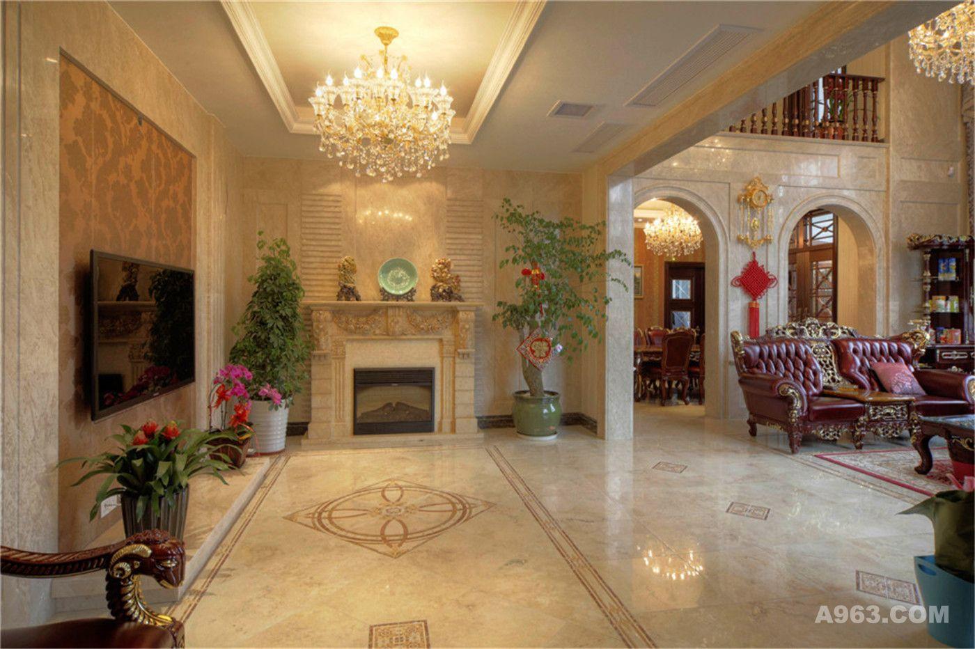 上海腾龙别墅设计 设计说明:美式风格,深色木梁结构加上拱形门套造型